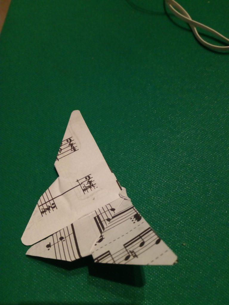 Farfalline di carta origami realizzate a mano di varie misure per decorazioni cesti, tableau, centrotavola